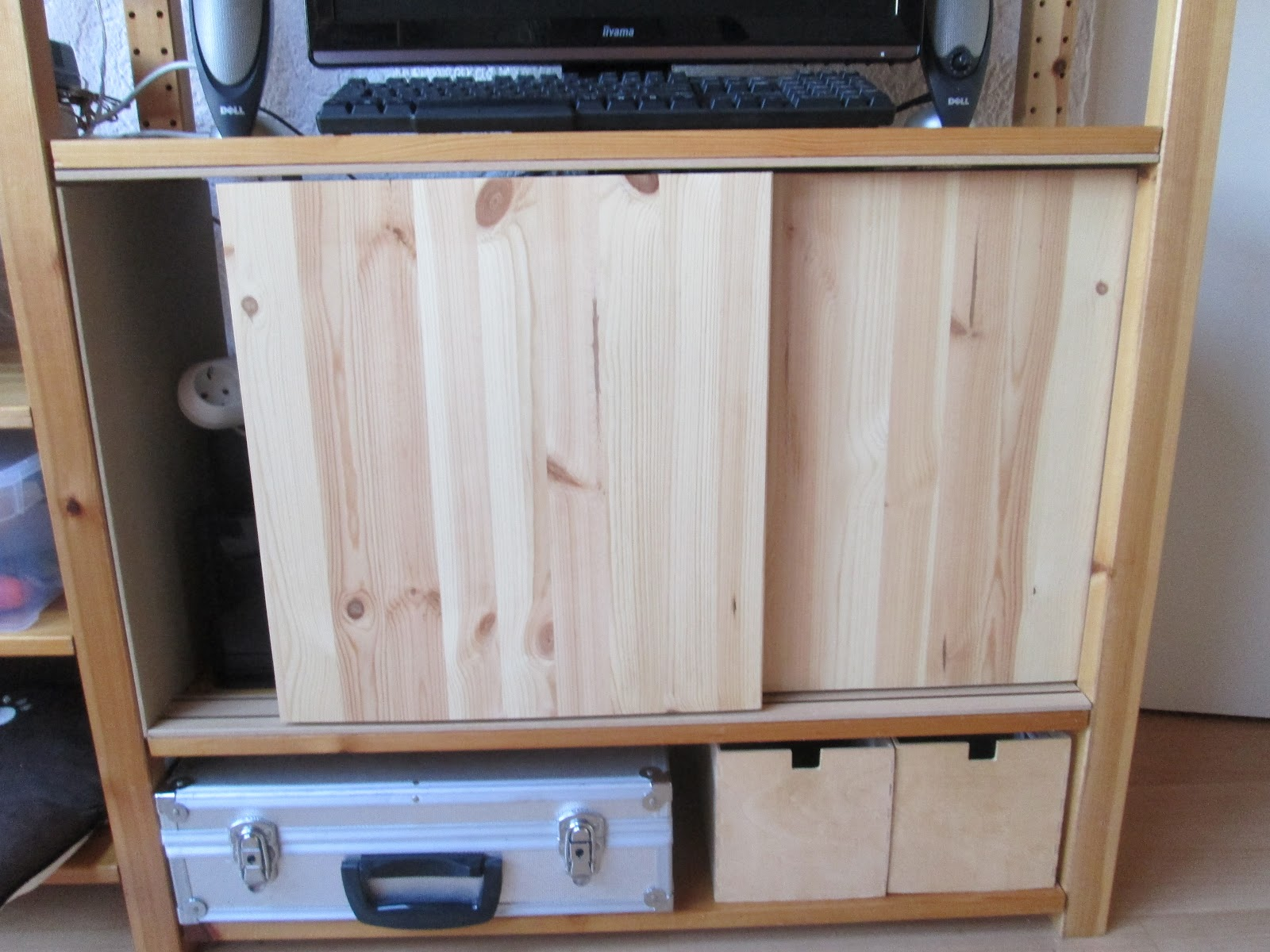 PiggieLuv DIY sliding doors