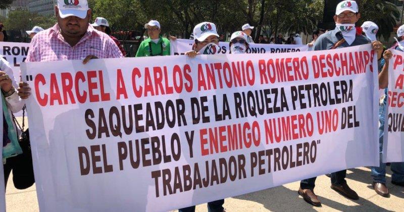Trabajadores petroleros exigen juicio político y renuncia de Romero Deschamps