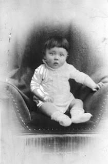 Adolf Hitler niño