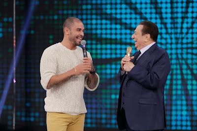 Diogo Nogueira e Raul Gil (Crédito: Rodrigo Belentani/SBT)