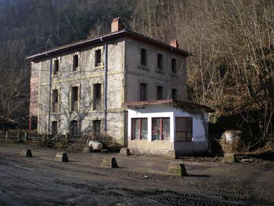 Casa de Capataces de Santa Marina, Quirós