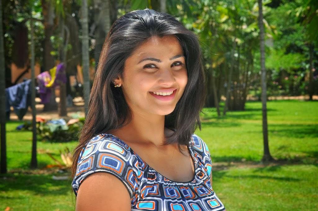 Daisy Shah Hd Wallpaper: Bollywood Hd Wallpapers 1080p: Daisy Shah HD Wallpapers