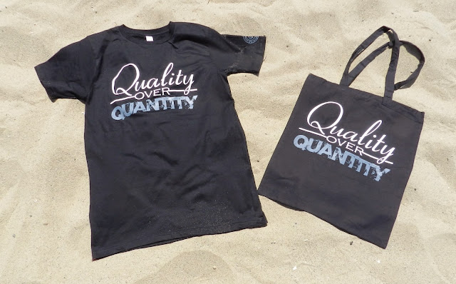 Men's/Unisex 'Quality over Quantity' shirt and matching tote bag from the Freelance Collection