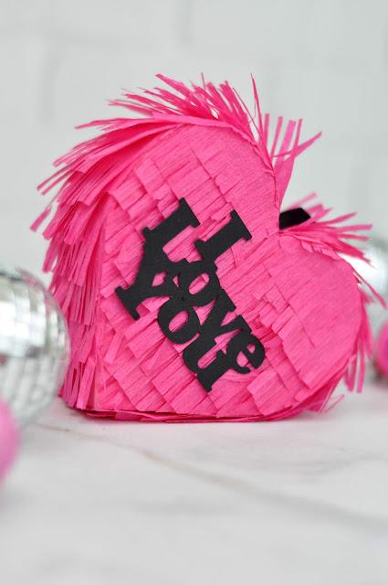 Mini Valentine Heart Pinata Tutorial with Jen Gallacher for www.jengallacher.com #valentinesday #heartpinata #pinata
