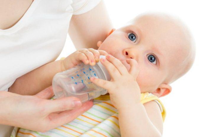 Bayi di Bawah 6 Bulan Belum Butuh Air Putih, Ini Alasannya