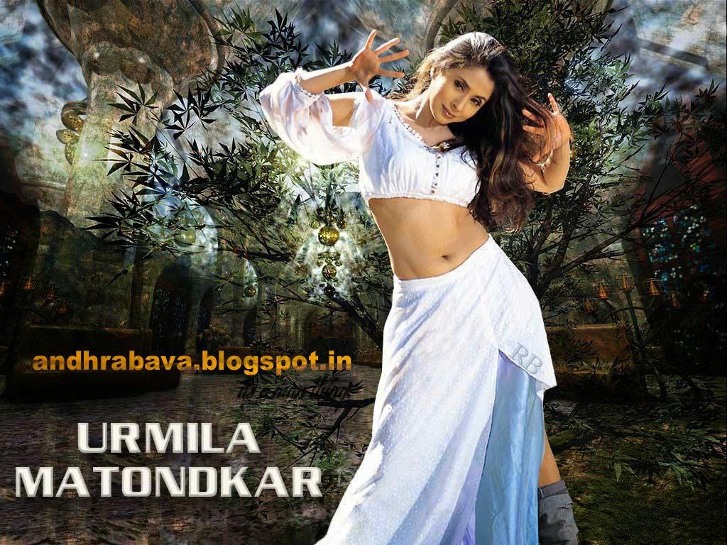 Actress Hot Images Urmila Matondkar Hot Navel  Thigh Pics-6999