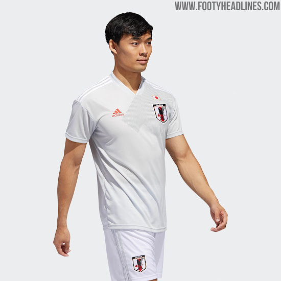 f8d59f118 White shorts and socks complete the Japan 2018 World Cup away kit.