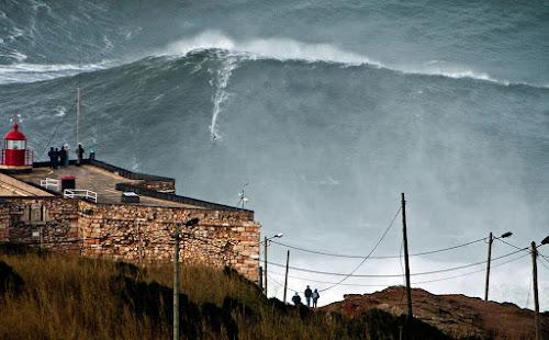 Nazaré - Portugal - maior onda do mundo