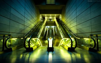 Wallpaper: Escalators in Copenhagen