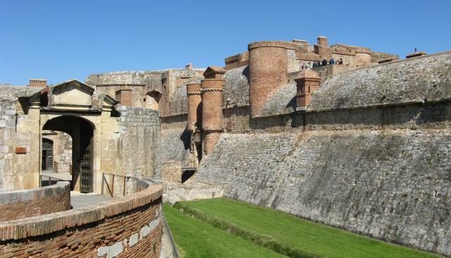 Exterior del Castell de Salses