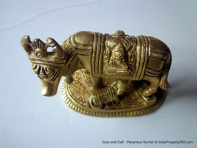 Cow and Calf Idol - Vastu Tips in Tamil - Pooja Significance