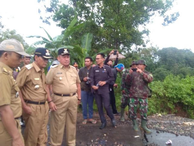 Walikota Metro Berjanji Segara Tangani Penyebab Banjir