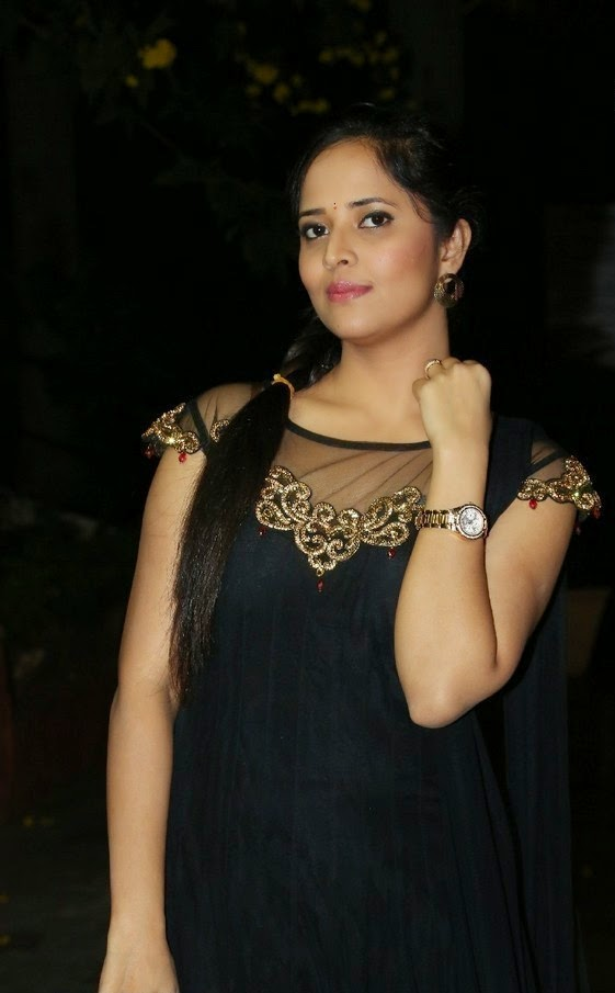 Telugu Tv Anchor Anasuya Hot Face In Black Punjabi Dress