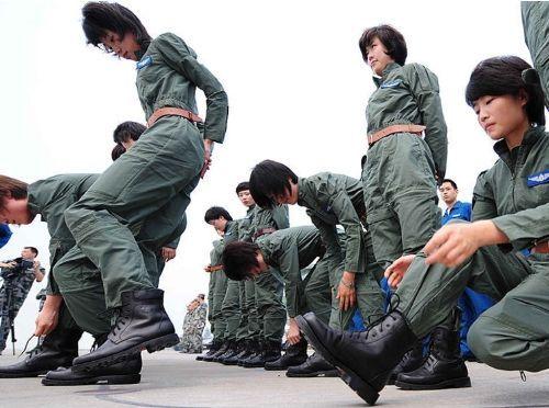 Foto-Foto Pilot Wanita Cantik Pesawat Tempur AU Cina ...