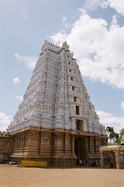 The main entrance tower i.e. the Rajagopuram of the Srirangam Temple, Tamil Nadu, India, 6th century AD. It is 11-storeyed and 72m high