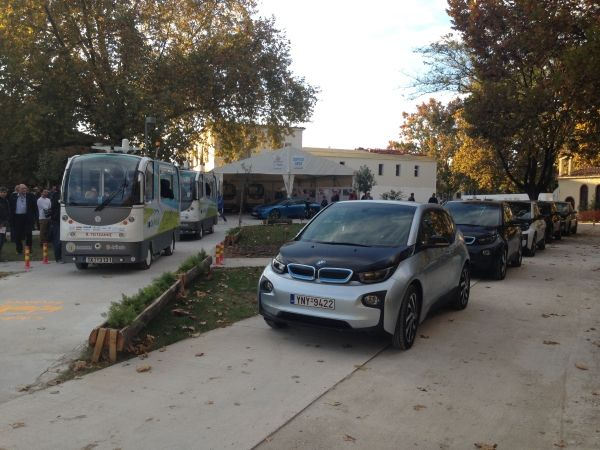 P90205922 lowRes bmw i sponsorship of Η BMW παραχώρησε δύο i3 στην ομάδα διαχείρισης του λεωφορείου χωρίς οδηγό στα Τρίκαλα BMW, BMW i, BMW i3, Περιβάλλον