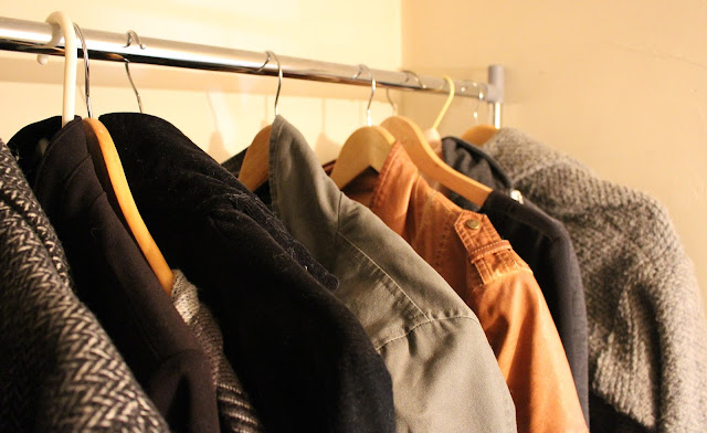 Vêtements sur portant