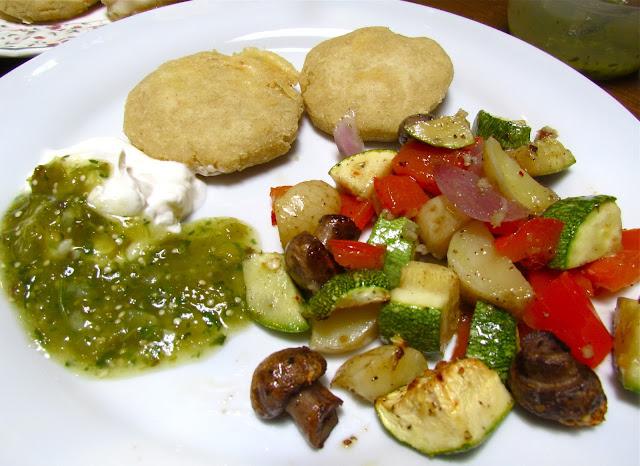Flavors of the Sun: Pupusas--Salvadoran Cheese-Stuffed ...Salvadoran Pupusas Sauce