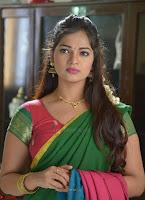 Ashwini Sizzling Pics in Tamil movie Jeyikkira Kuthira 002.jpg