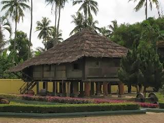 Rumah Adat Nusantara 33 Provinsi di Indonesia