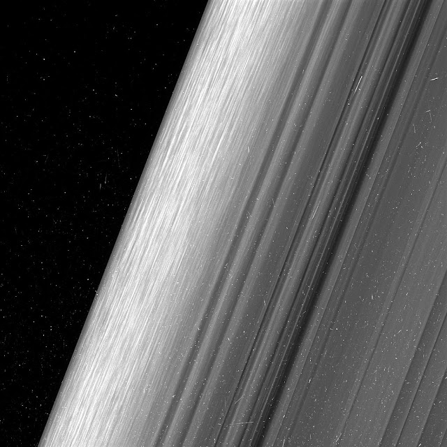 Close views show Saturn's rings in unprecedented detail