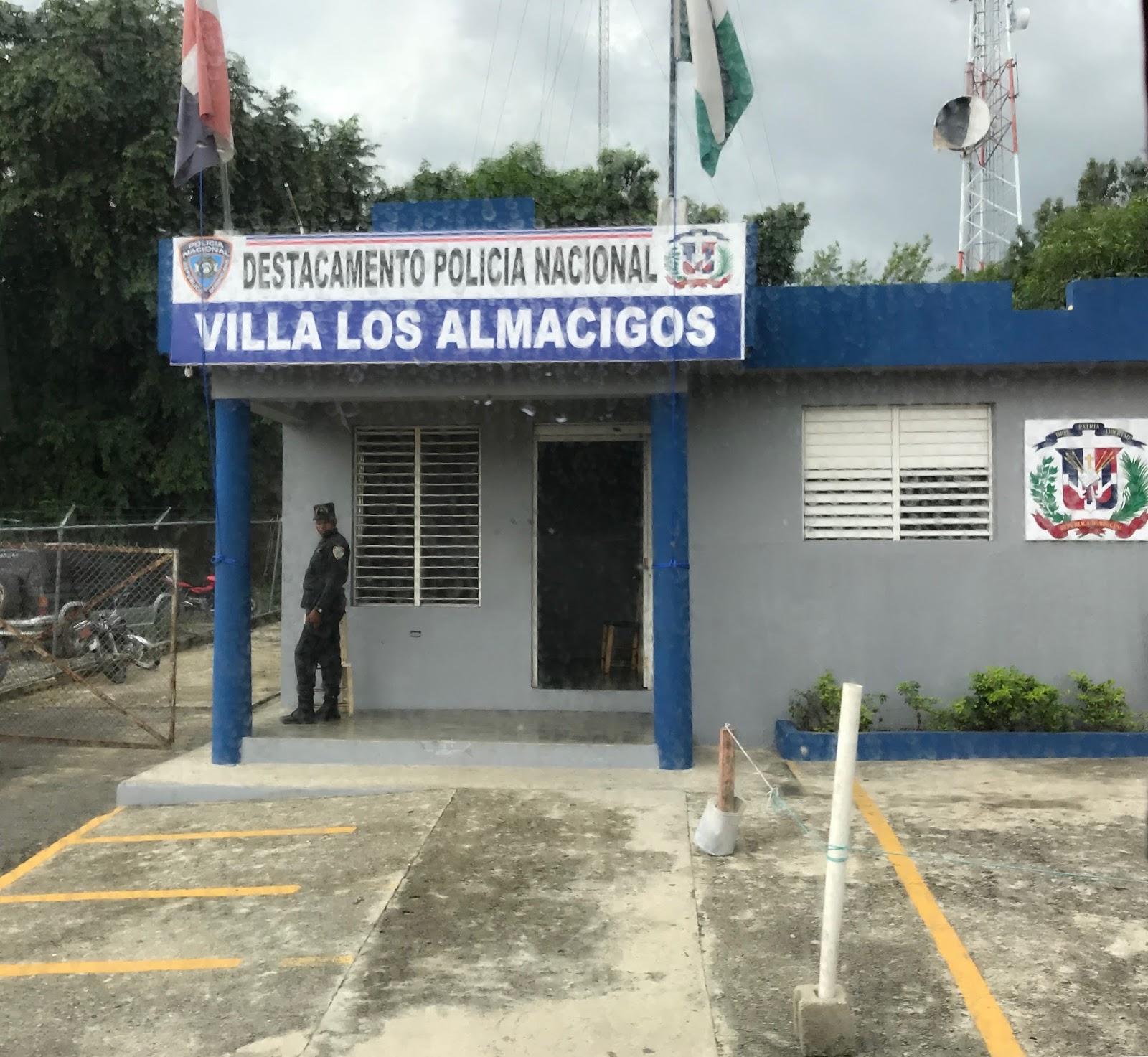Detienen hombre por robos en villa los alm cigos for Ciudad santiago villas