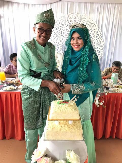Gambar Wedding Kek, Gambar Kek Perkahwinan, kek perkahwinan yang cantik, kek kawin simple, design kek kahwin terkini, kek hari jadi yang paling cantik, hiasan kek coklat yang simple, cara menghias kek coklat, cara menghias kek harijadi, dekorasi kek coklat,