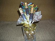 букет конфетный, композиции конфетные, подарки на 1 сентября, подарки на День Учителя, подарки сладкие, подарки школьные, шоколад, конфеты, подарки для школьников, конфеты в подарок, шоколад в подарок, 1 сентября, День учителя, школьное, подарки сладкие, подарки из конфет, подарки из шоколада, подарки съедобные, букеты съедобные, своими руками, подарки своими руками, из конфет своими руками, упаковка конфет, http://handmade.parafraz.space/, http://prazdnichnymir.ru/ конфетная композиция в стакане