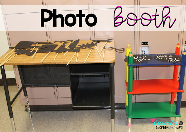 Having a photo booth with props is a great thing for parents to do during your meet the teacher.  Then you can print the pictures and give to students on the first day of school.