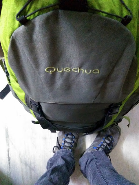 backpack, Quechua, trekking shoes, trek