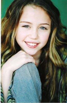 miley cyrus young hannah younger montana child cute cirus baby fanpop she open adorable freaking mood happy stars celebrities letter