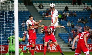 Dihajar Polandia 7-0,Skuad Gibraltar Ternyata Cuma Pegawai Biasa