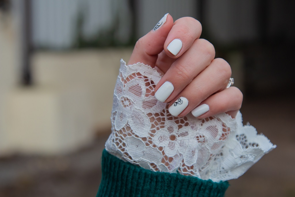 Comment porter la dentelle en hiver