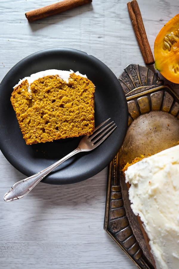 Kürbis-Ahornsirup-Kuchen