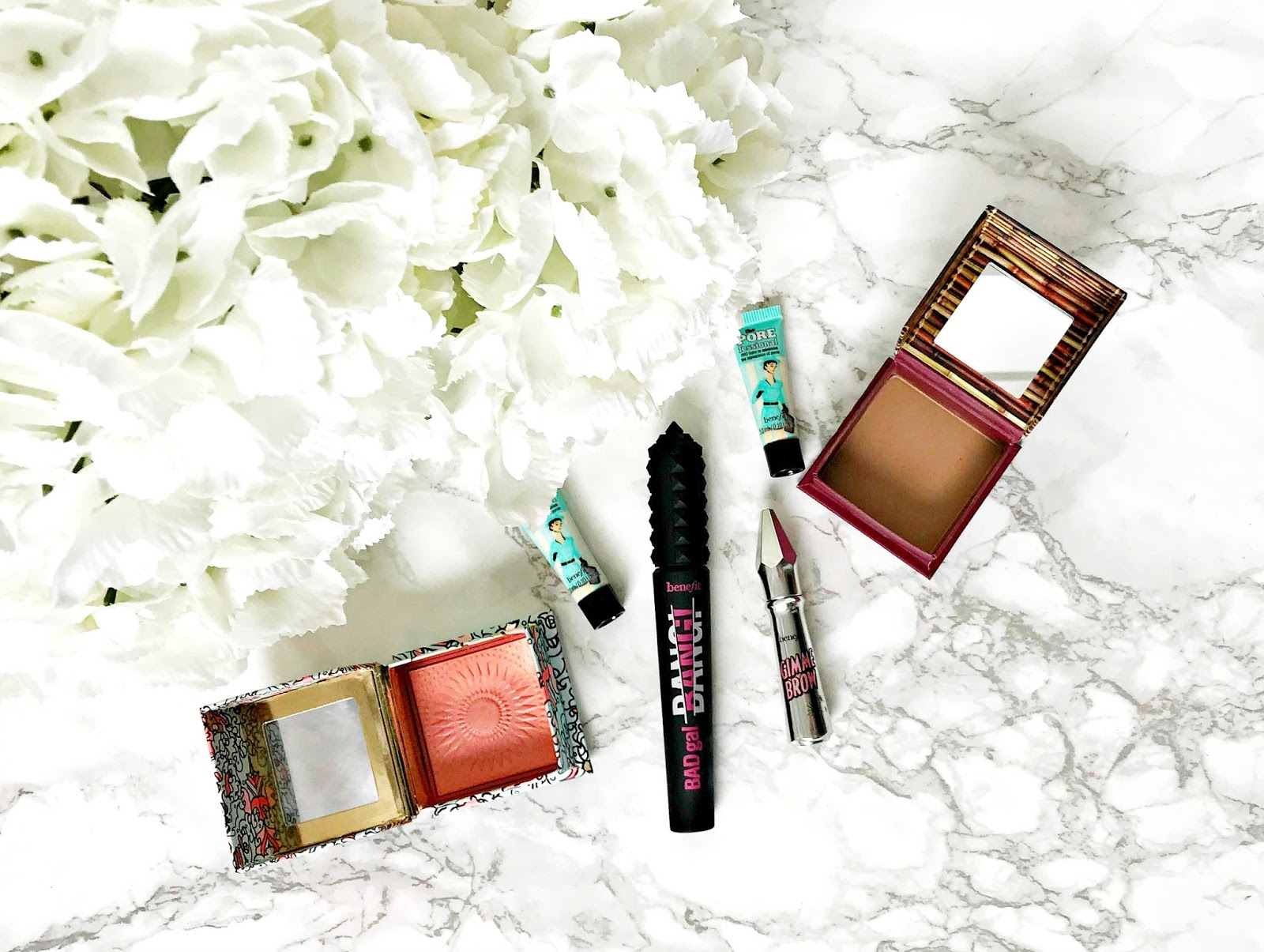 Benefit Hoola Review, Benefit Galifornia Review, Benefit BadGal Bang Review, Benefit Porefessional Review, Benefit Gimme Brow Review
