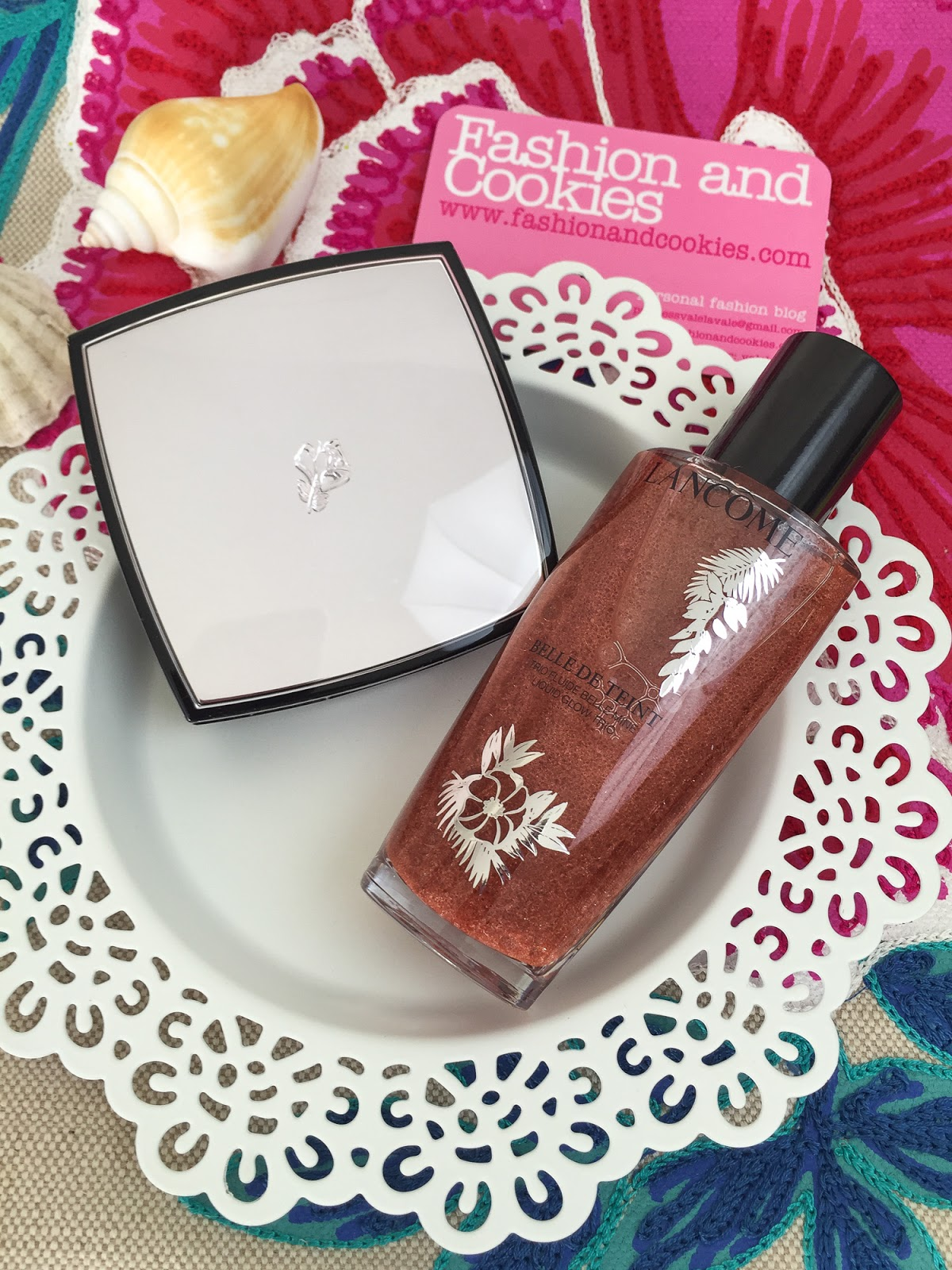 Lancôme makeup collection 2016: Summer bliss, Belle de Teint Liquid glow trio review on Fashion and Cookies fashion blog, fashion blogger