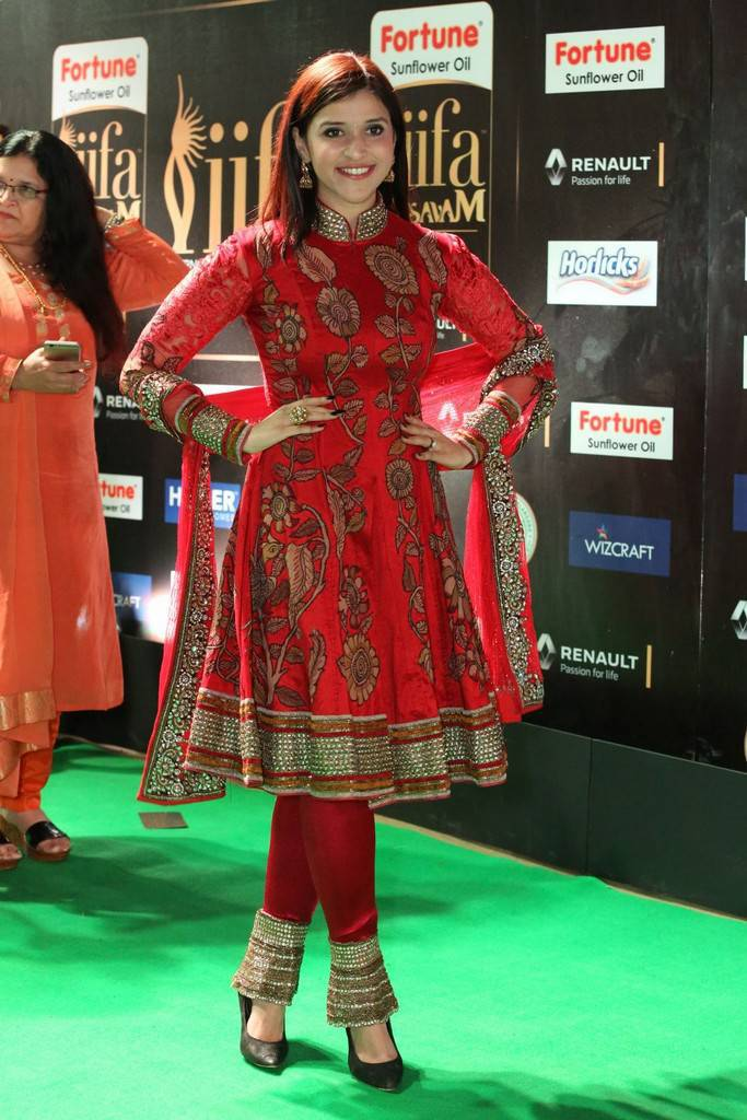 Tollywood Actress Mannara Chopra At IIFA Awards 2017 In Red Dress