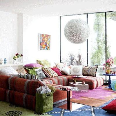 Twine how to layer rugs - Bohemian urban fusion living room ...