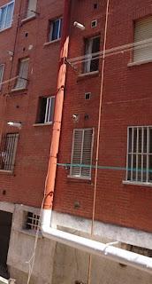 foto tubo lacado como fachada