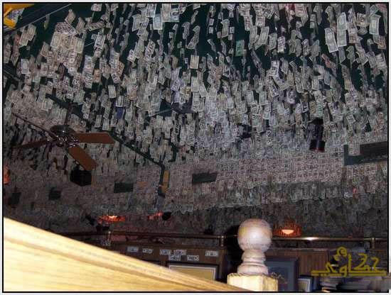 750 الف دولار تغطى جدران مطعم 1420.jpg