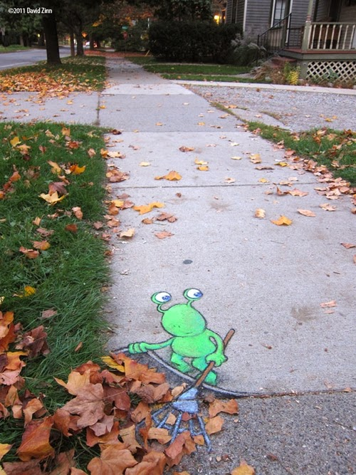 06-Lazy-Leafraker-Artist-David-Zinn-Chalk-Street-Art-www-designstack-co
