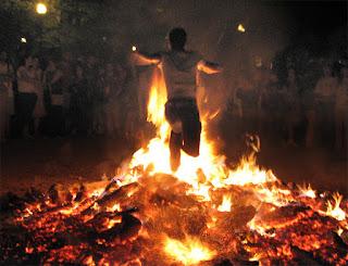Ritual de San Juan para Encontrar un Trabajo