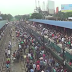 Ινδία - Απίστευτη επιβίβαση σε τρένο... (Βίντεο)