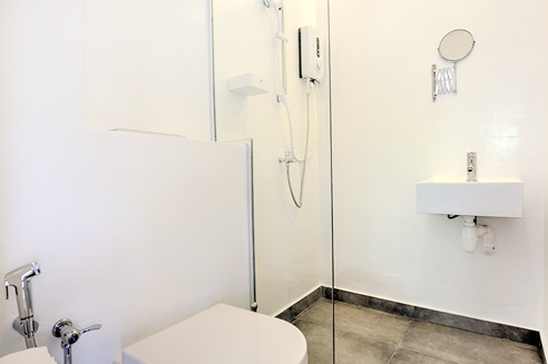 One Tree at Outram Standard Suites - Bathroom