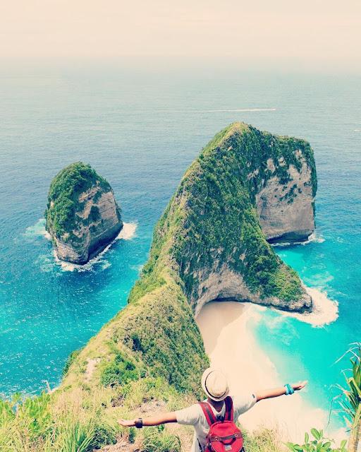 Klingking Beach Nusa Penida Bali Indonesia