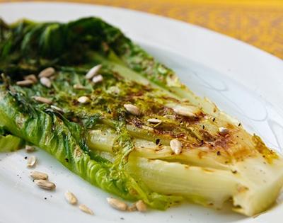 Salada de Alface Romana Grelhada (vegana)