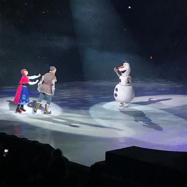 Disney on Ice presents Dream Big review - Frozen