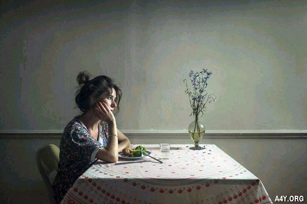 đàn bà cô đơn cần tình yêu