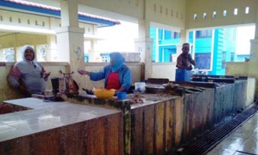 Cuaca Ekstrim, Nelayan, Enggan Melaut, Pasar Ikan Sepi