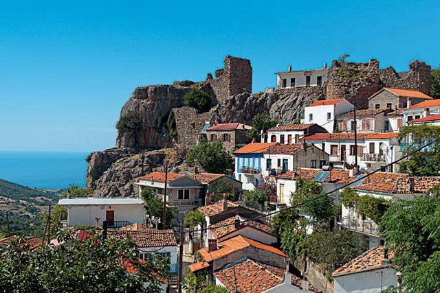 Ερώτηση του ΚΚΕ για το κλειστό Κάστρο στη Χώρα Σαμοθράκης